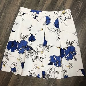 Brook Brothers Red Fleece Floral Skirt - size 10